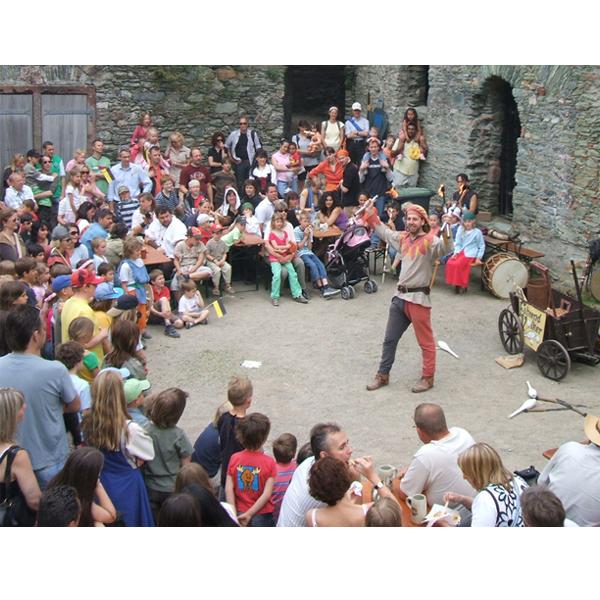 Gaukler beim Burgfest
